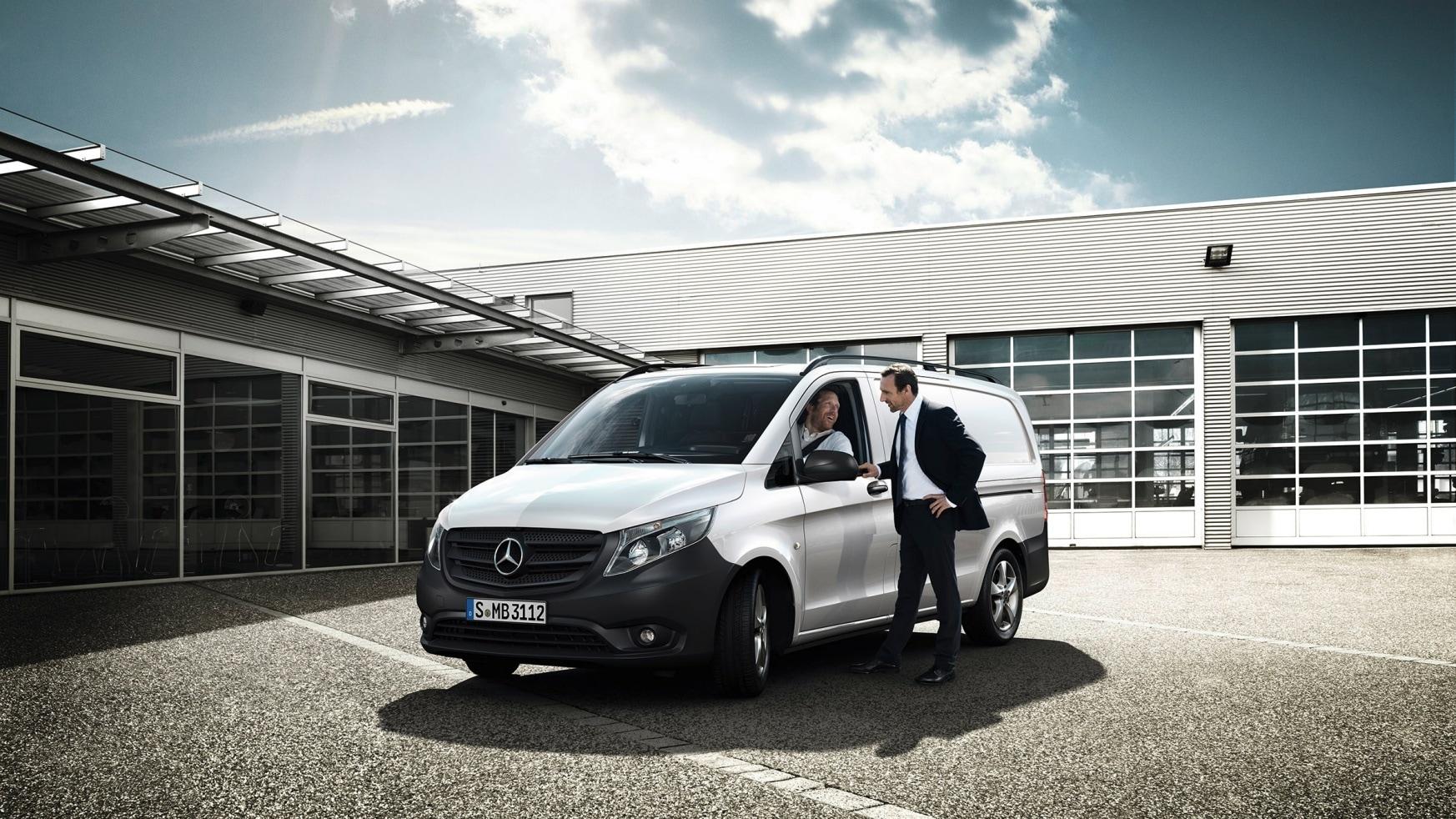 CAR-Avenue-Mercedes-Vito-Fourgon-01